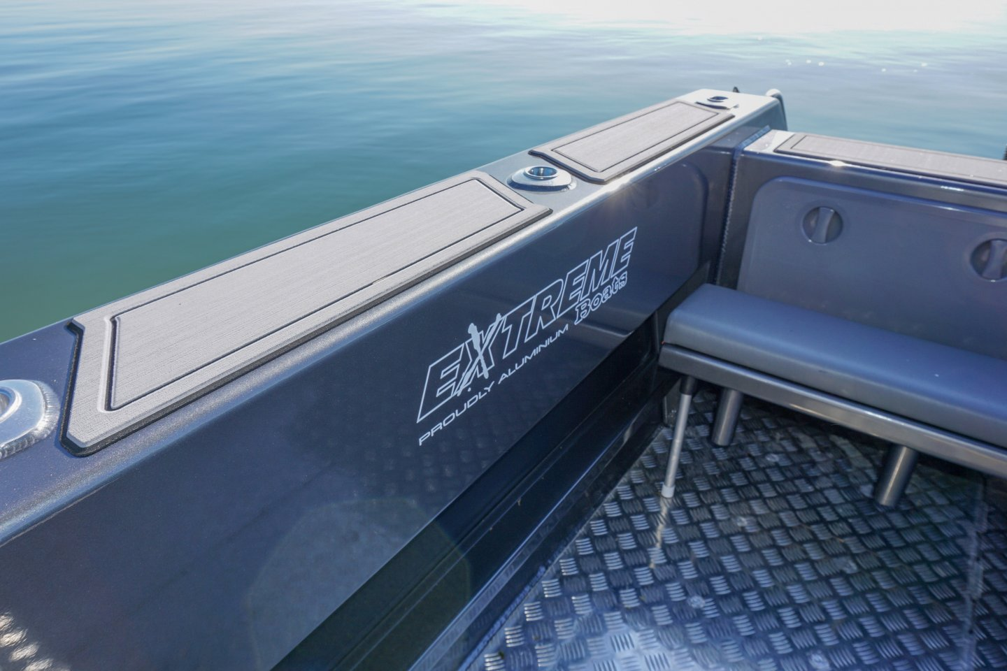 Extreme rear deck